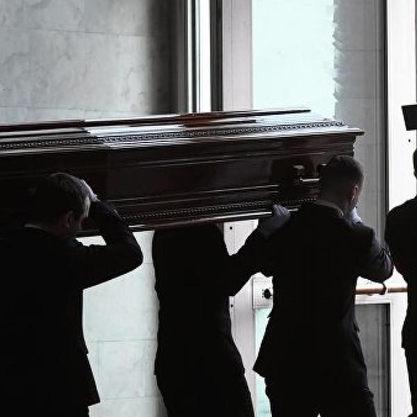 Уйти красиво: в похоронное дело пришла мода