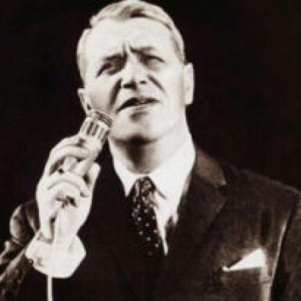 107 лет назад родился  Марк Бернес - советский актер кино, исполнитель песен