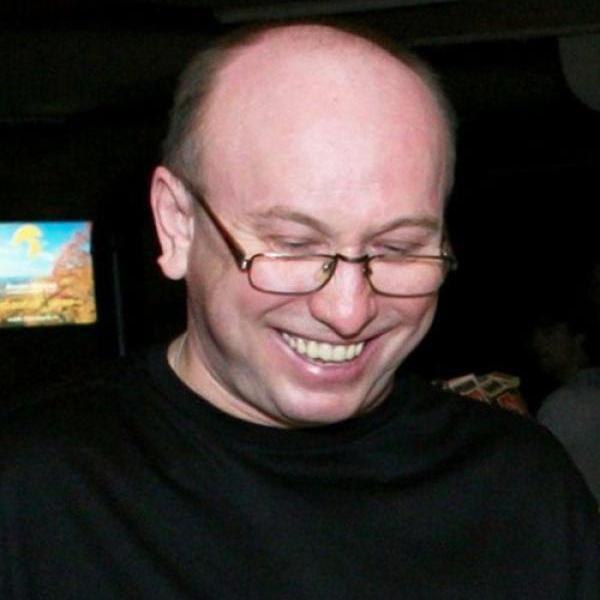 Умер бывший директор группы «Машина времени» Владимир Сапунов