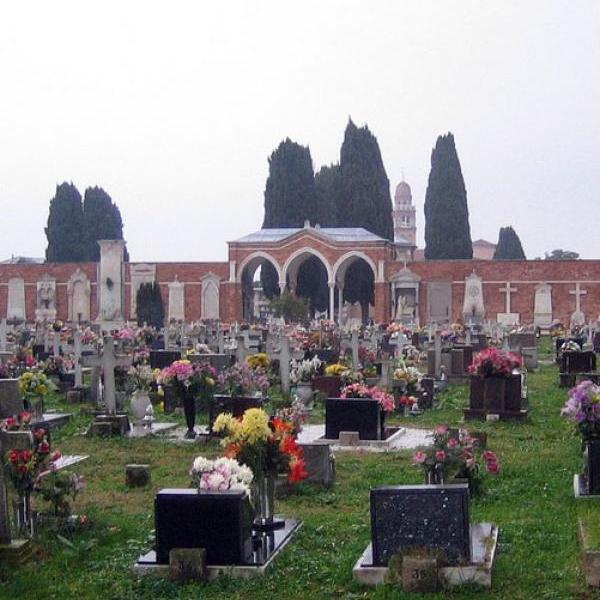 Венеция продает места на кладбище рядом с Бродским и Стравинским