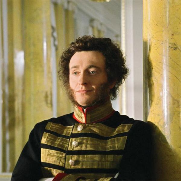 Смотрим на Пушкина. Современники о его внешности