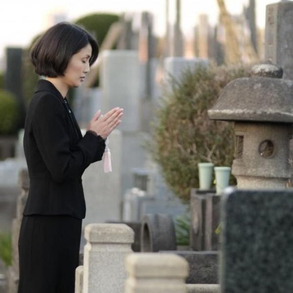 """Личный опыт: зачем японцы """"хоронят"""" заживо"""